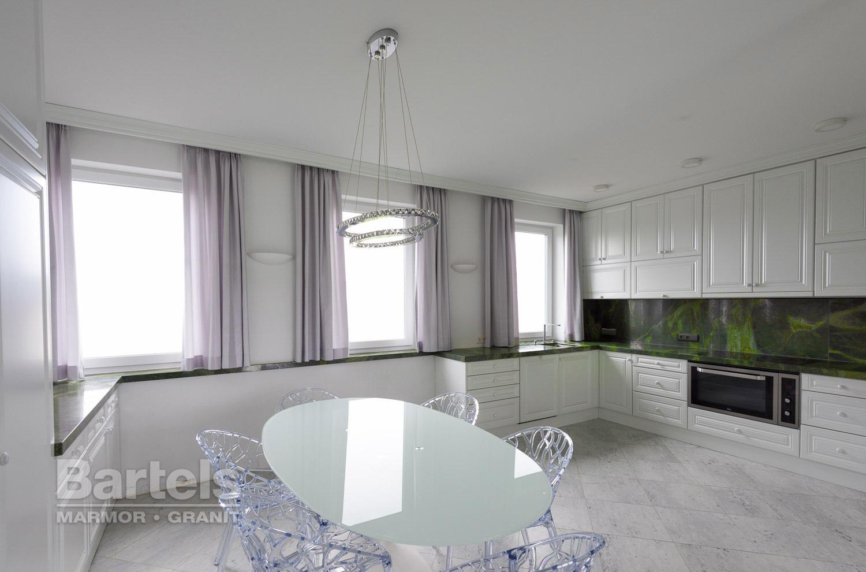 Küchenarbeitsplatten und küchen aus naturstein – marmor und granit ...